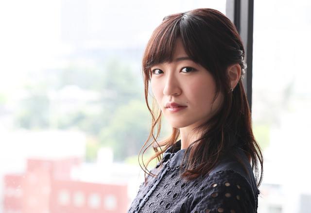 画像4: 前島亜美が兄想いの熱血妹を熱演。「勇気と行動力と、ちょっとから回っちゃう愛らしさがあります」。映画『HERO~2020~』いよいよ公開