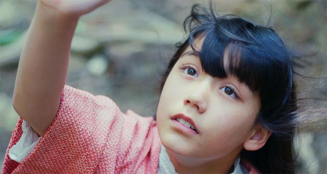 画像2: 速水監督の長編デビュー作『クシナ』が、いよいよ7月24日に公開。主役クシナを演じた郁美カデールは「台本を読みながら遊んでいたっていう感覚でした」