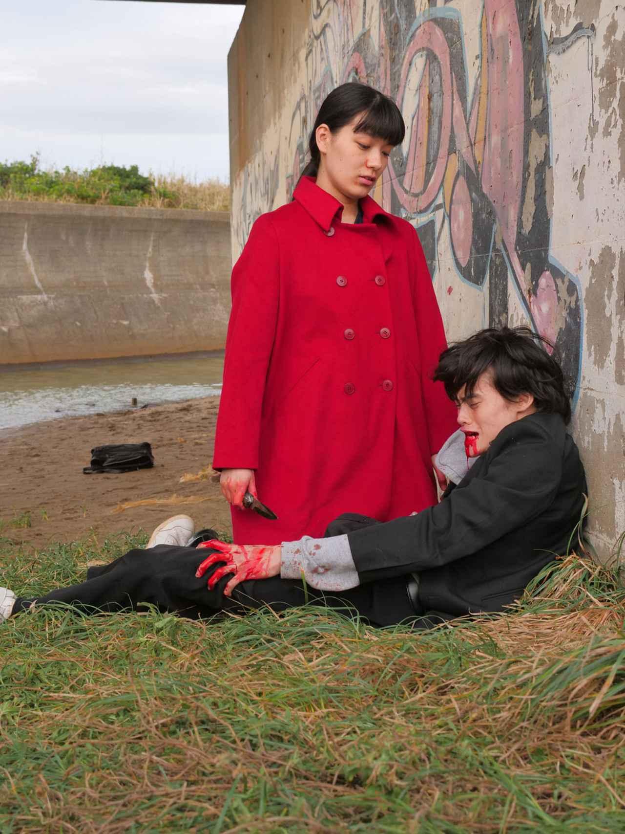 画像5: 「祷キララ」が渾身の演技を魅せた映画『ファンファーレが鳴り響く』が、いよいよ10月17日に公開。「人を殺めることになった過程をゆっくりとひも解いて、役作りにつなげていきました」