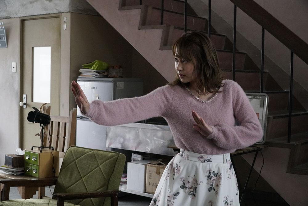 画像4: 豪華キャストが繰り広げるスラップスティック・コメディ作『ヤウンペを探せ!』がいよいよ11月20日に公開。元NMB48の門脇佳奈子も破天荒な女の子を熱演!