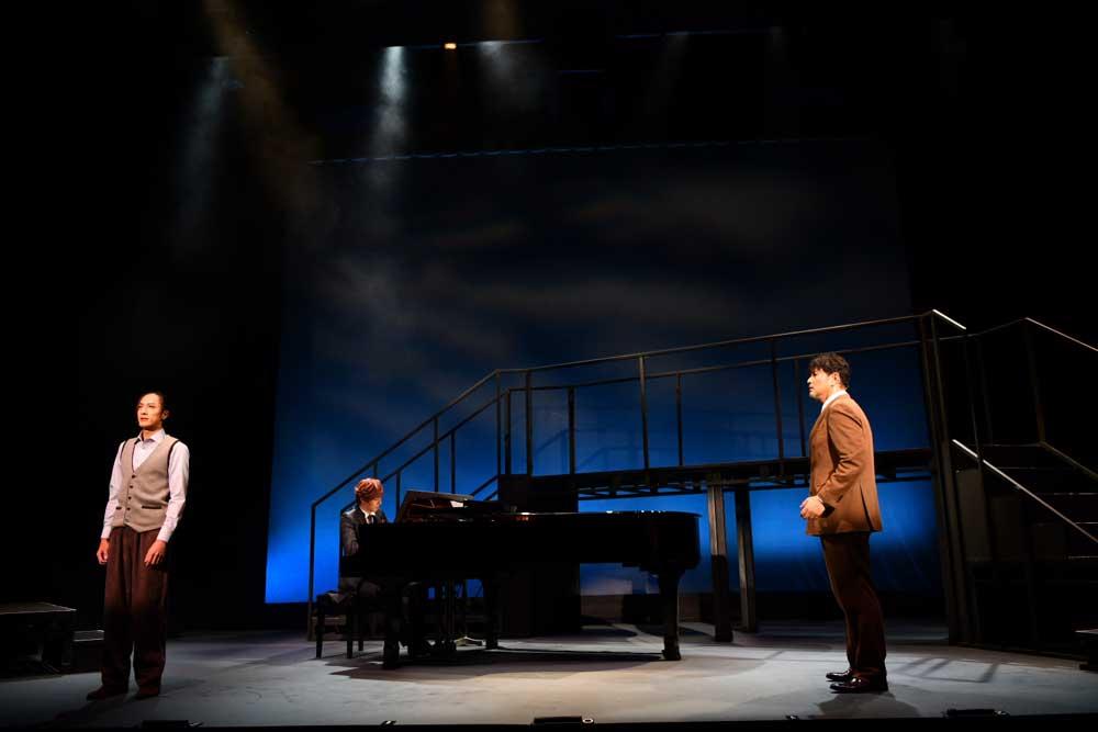 画像3: 世界的名作を、オリジナル楽曲満載でおくる。音楽劇『海の上のピアニスト』、池袋で上演中