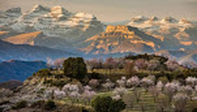 画像: ピレネー山脈