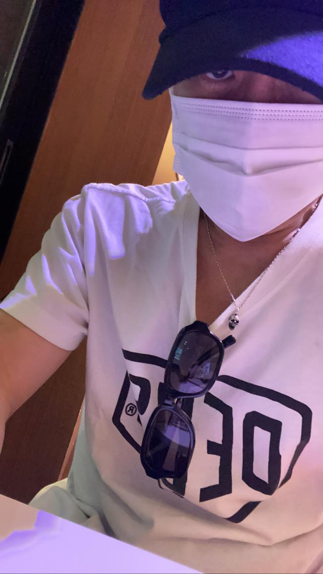 画像: 目元を隠す欧米人、口元を隠す日本人 - COVID-19雑感