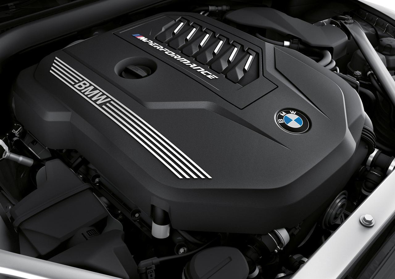 画像: 注目のエンジンは3Lの直6ターボ。最高出力は340ps、0ー100km/h加速は4.4秒!