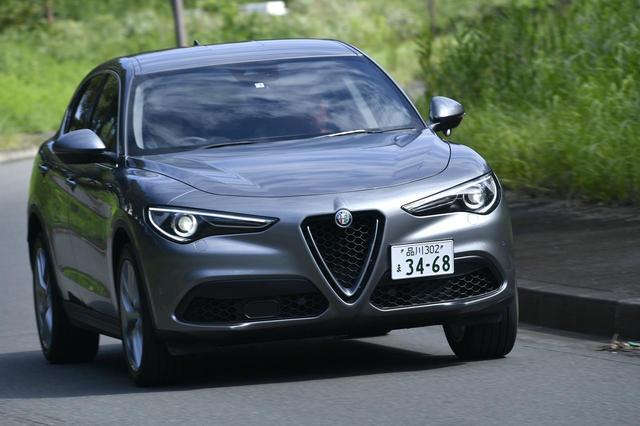 画像: 全高は1680mmあるが、コーナリング中ロール感を伴わない。運転していてもスポーツカーを操る感覚だ