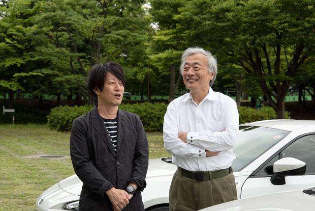 画像: 体験したサウンドのおかげか、笑顔が絶えずに話が弾む土方氏(左)と麻倉氏(右)。
