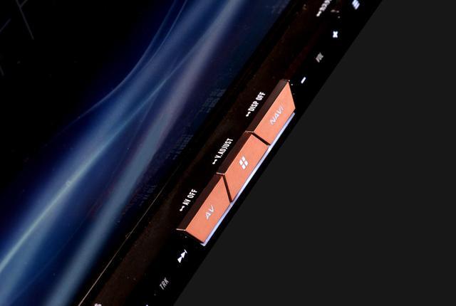 画像: 銅メッキシャーシをはじめ大幅な高音質設計を実施
