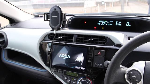 画像: カロッツェリアのスマホクレイドルSDA-SC500をトヨタ・アクアに載せてiPhone6を置いてみた youtu.be