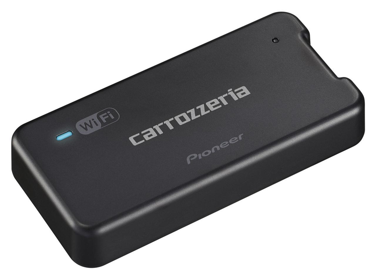 画像: カロッツェリアDCT-WR100D車載用Wi-Fiルーター。大きさはW91.5×H18×D44.8mmという手のひらに乗るコンパクトさだ。