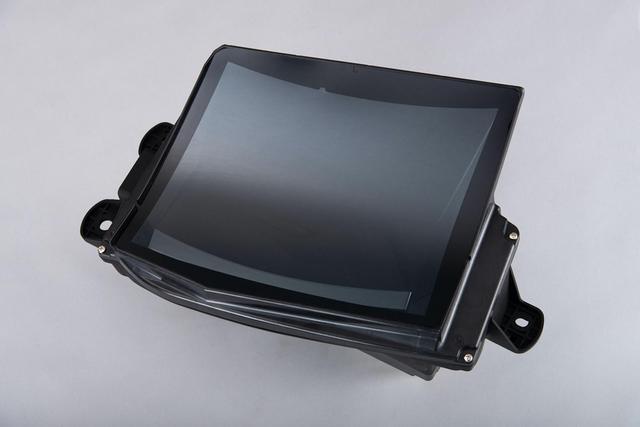 画像: 日産Rogueに採用されたパナソニック製ヘッドアップディスプレイ。
