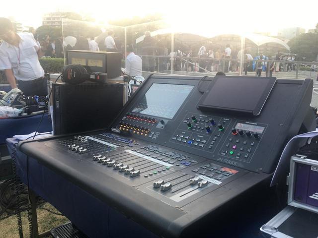 画像3: 『平和記念式典』での「M-5000」の運用