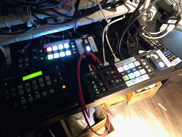 画像: 施設全体で計4台導入されているという「ローランド」のビデオ・スイッチャー「V-1HD」