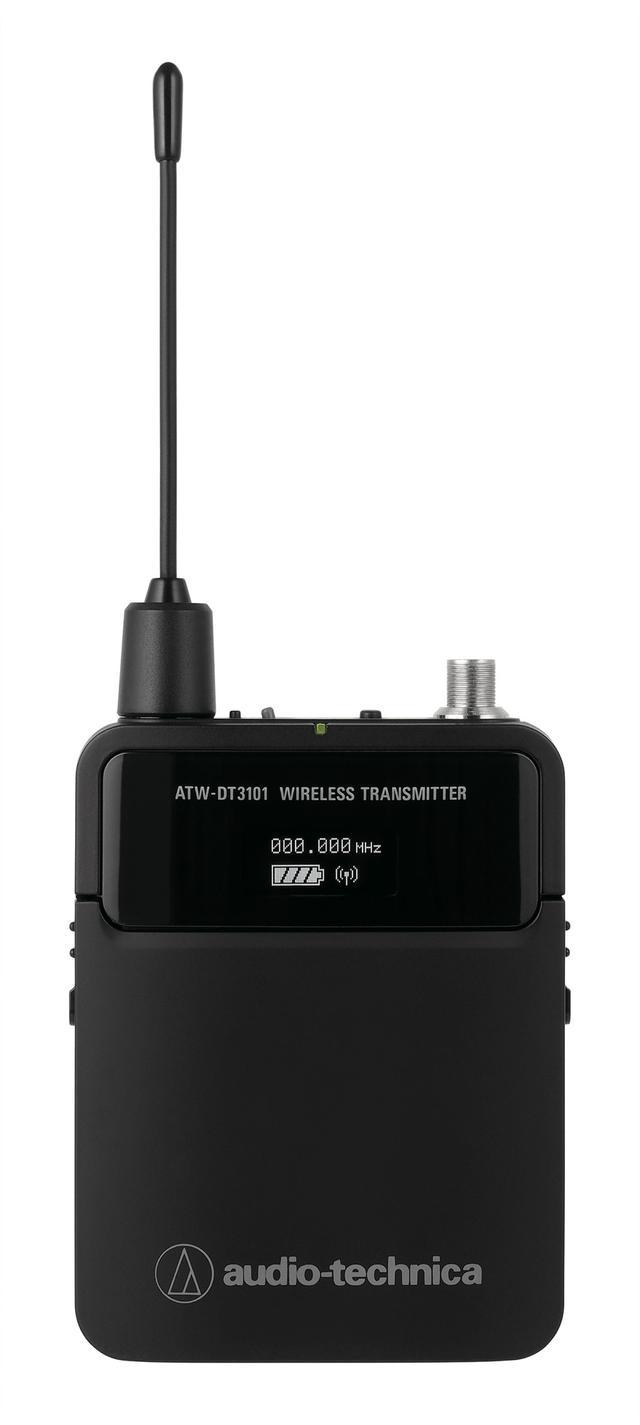 画像: ボディパック型トランスミッター「ATW-DT3101HH1」。最大10mWの出力で、送信の安定性を高める。また、話者に取り付ける事が使用例として最も多いので、入力コネクターは防水・防汗対策を施している