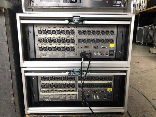画像: ステージ・ボックスは、24ch入力/16ch出力の「Digital Snake S-2416」を2台導入
