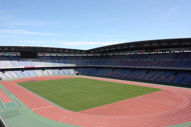 画像: 国内屈指の競技施設である「日産スタジアム(正式名称:横浜国際総合競技場)」。収容人数は約72,000人(写真:公益財団法人横浜市体育協会提供)