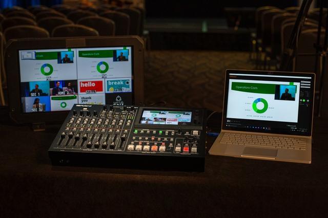 画像: USB端子にパソコン(Mac/Windows両対応)を接続してライブ配信が可能。特別なドライバーのインストールなどは不要だ