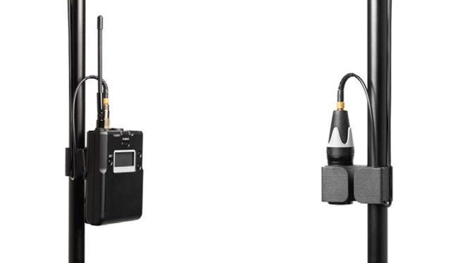 画像: 左:ボディパック型送信機使用時 右:付属のXLR 変換アダプター使用時