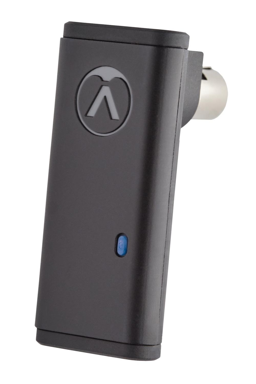 画像: 「OC818」とスマートフォンのBluetooth接続を実現するドングル「OCR8」(オプション)