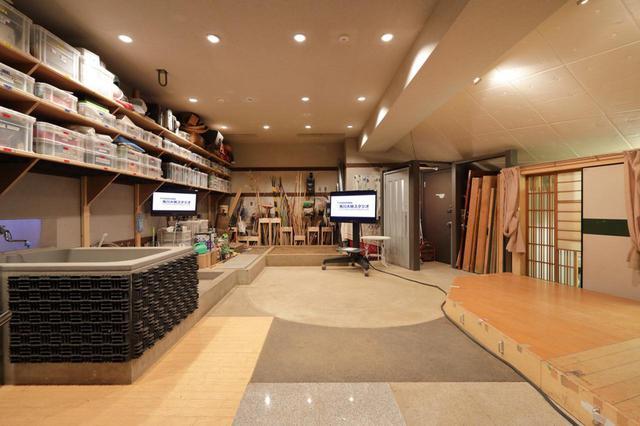 画像: 「角川大映スタジオ」のフォーリールーム。実写映画をメインとするスタジオだけに、充実した設備を持つ