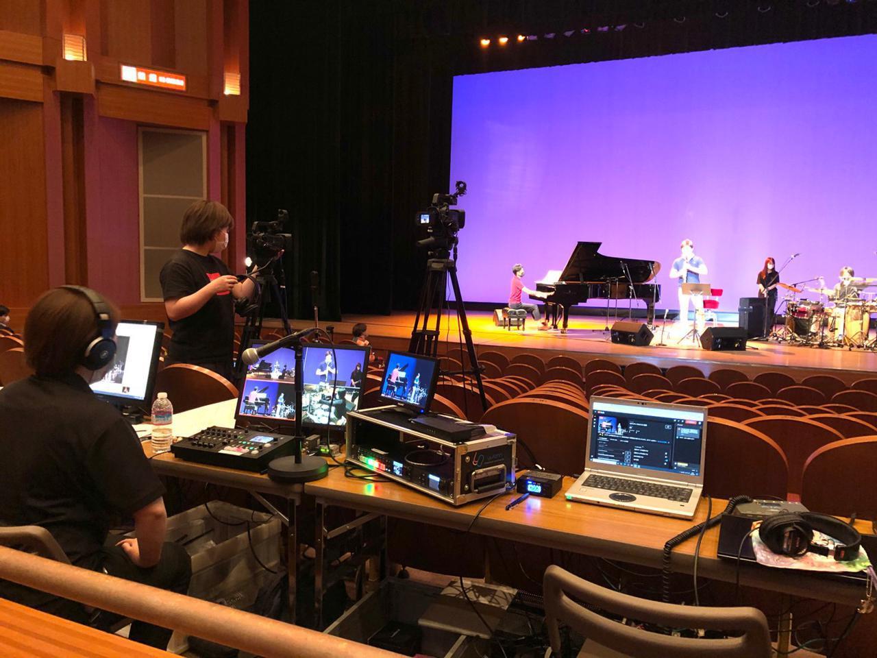 画像: 昨年6月に行われたクラシック・コンサートのライブ配信の様子