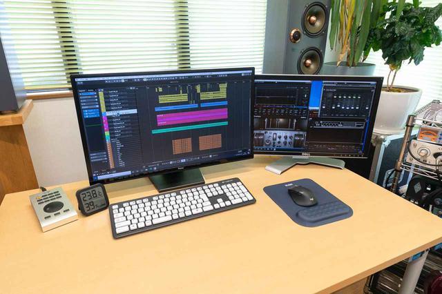 画像: スタジオの中心となるDAWは、SteinbergのNUENDO