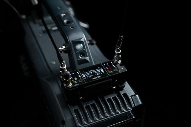画像2: プロサウンド独占配信!!放送や映画のロケ、スポーツ中継などの使用に最適化した SHUREのハイエンド・ポータブルワイヤレス受信機ADX5D登場