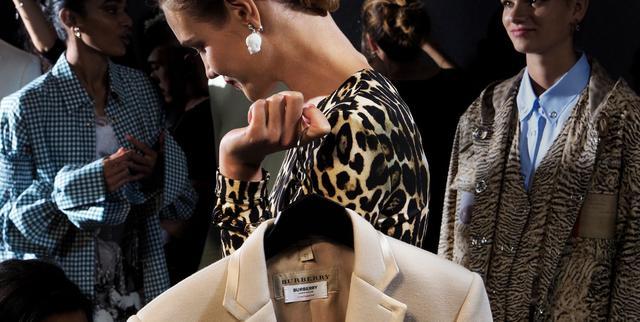 画像: Burberry - Iconic British Luxury Brand - Select Your Location