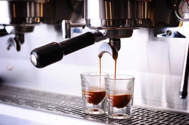 画像2: 「ロータス ビスコフ × Roasted COFFEE LABORATORY」限定メニュー多数のコラボレーションフェア