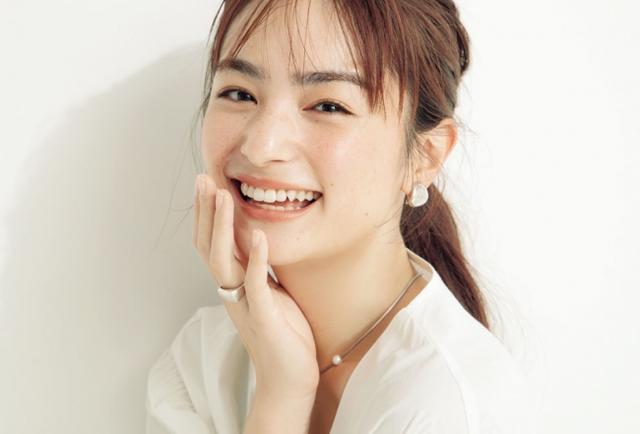 画像2: 「顔面最強女子」VOCE新専属モデル発表!