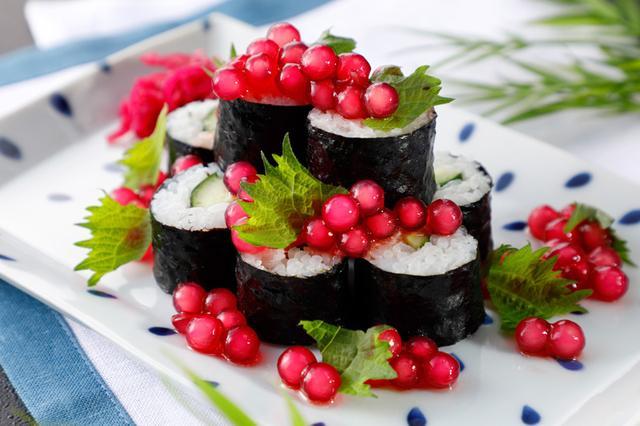 画像1: 寿司、ラーメン…定番人気のメニューもタピオカで新食感!