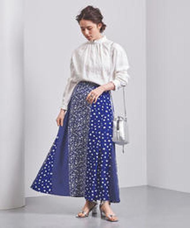 画像: UNITED ARROWSのネオプリスカートは、複数の柄をつなぎ合わせたマルチプリントのスカート。
