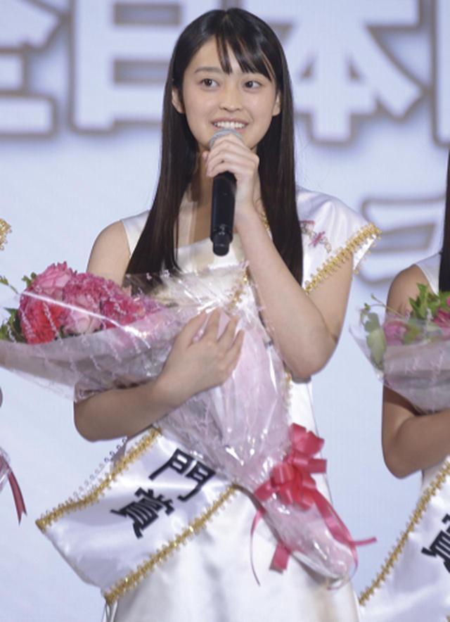 画像: 国民的美少女コンテストのモデル部門賞を受賞したときの谷口さん