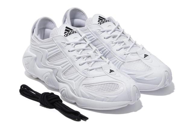 画像1: Adidas BEAMS 97年に生まれた名作の復刻版 「FYW S-97」BEAMS限定モデル