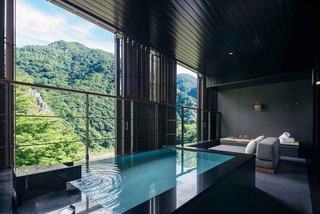 画像1: 台湾の温泉地で和を羽織る