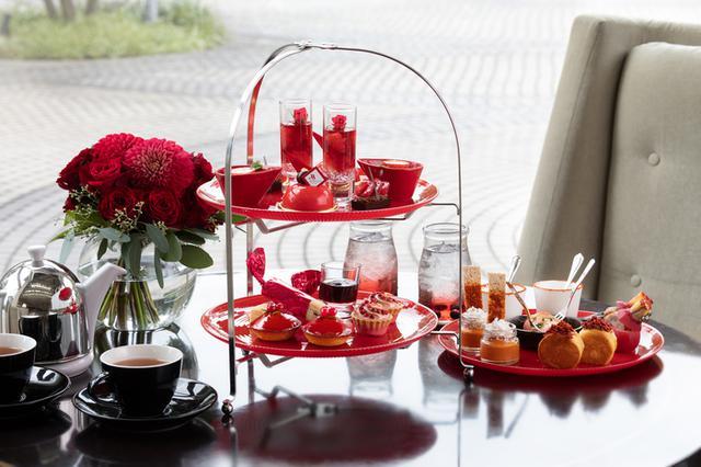 画像2: 【東京マリオットホテル】「TOKYO RED Afternoon Tea(トウキョウ レッド アフタヌーンティー)」レッドカラーに染まる華やかなスイーツ&セイボリー