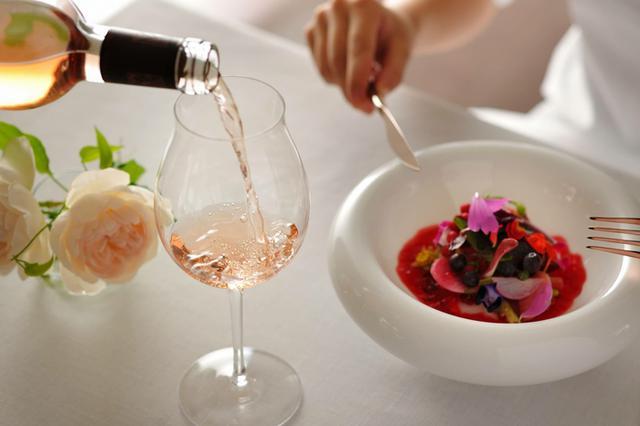 画像3: 【リゾナーレ八ヶ岳】ワインとスイーツで夜桜見物! 1日1組限定の宿泊プラン「ロマンティックロゼステイ」登場