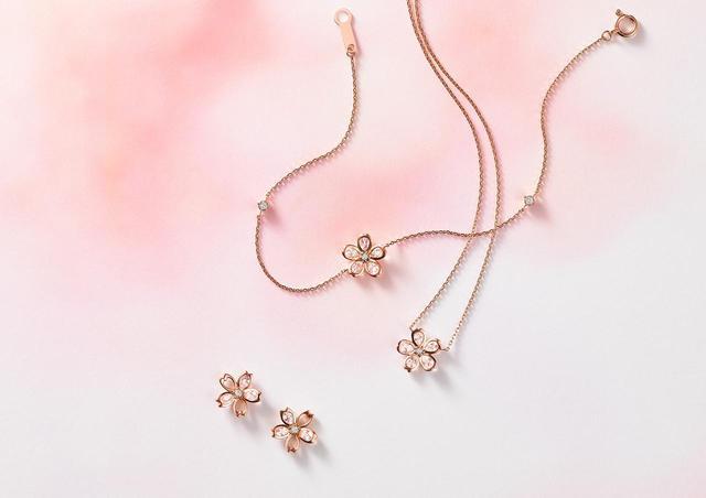 """画像2: 春を彩る華やかな桜をモチーフにした """"Sakura Collection""""が登場"""