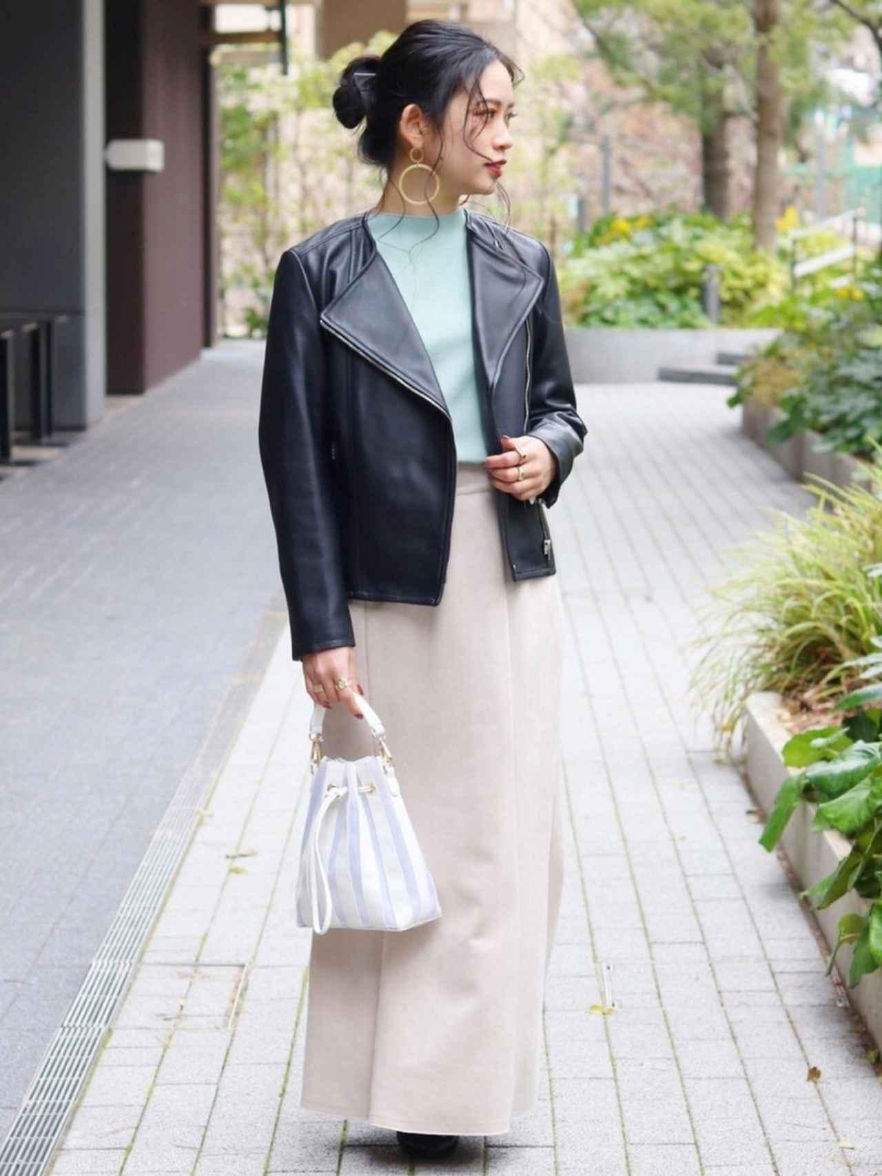 画像: マーメイドスカートと小物使いでスッキリ