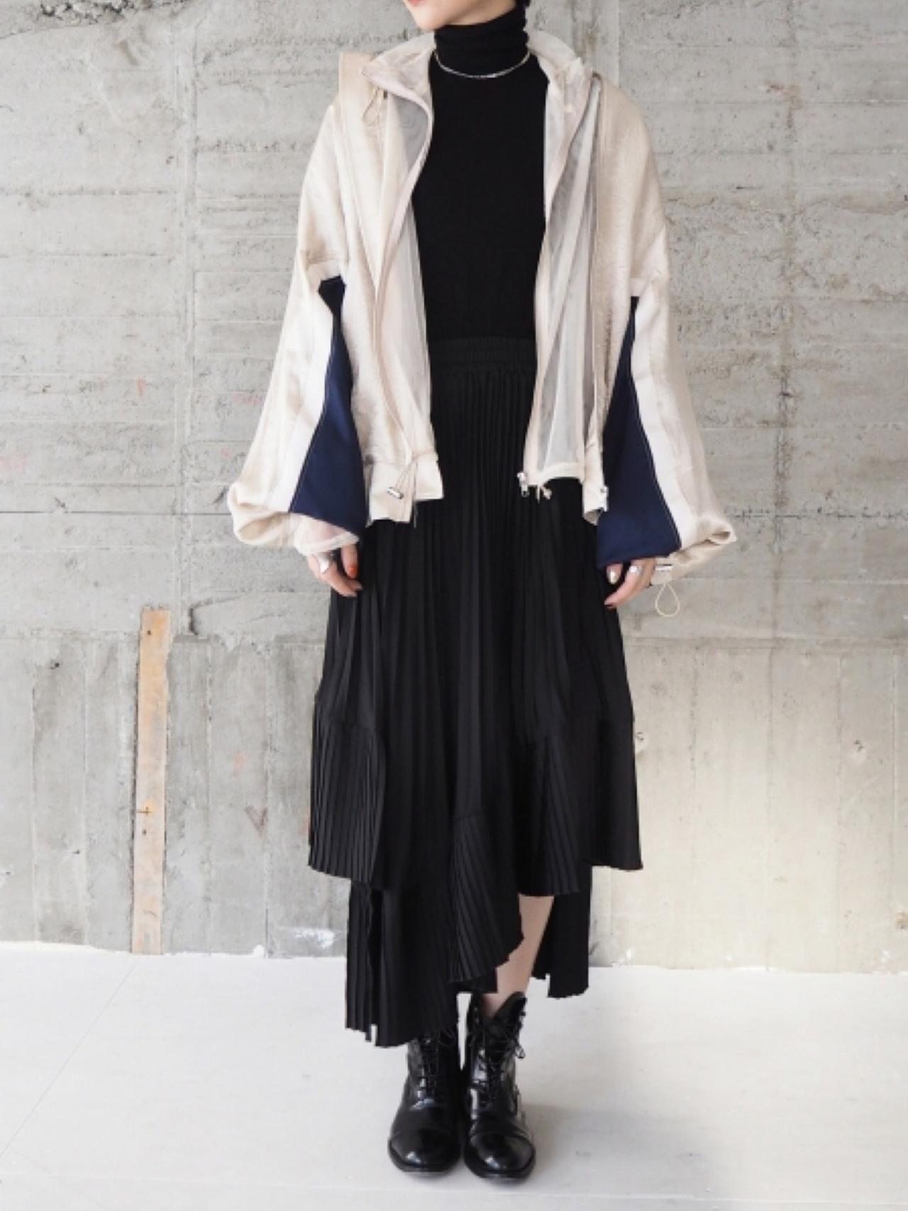 画像: 寒暖差が激しい日の服