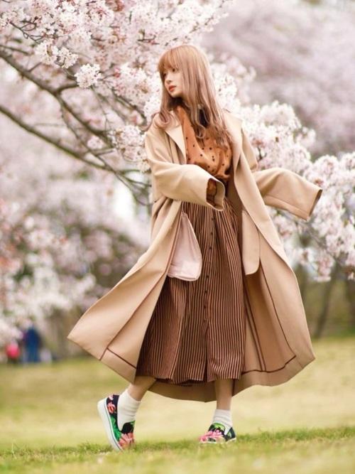 画像: 寒くないお花見コーデ