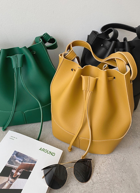 画像: [DHOLIC] ドロストショルダーバッグ・全3色シューズ・バッグバッグ|レディースファッション通販 DHOLICディーホリック [ファストファッション 水着 ワンピース]