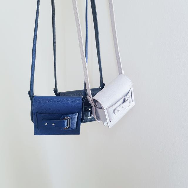 画像: 「Huge」のバッグ