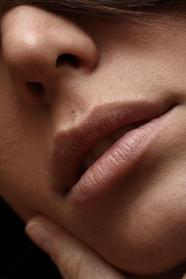 画像4: 手持ちリップで夏の唇に変身!誰でもできる簡単アレンジメイク