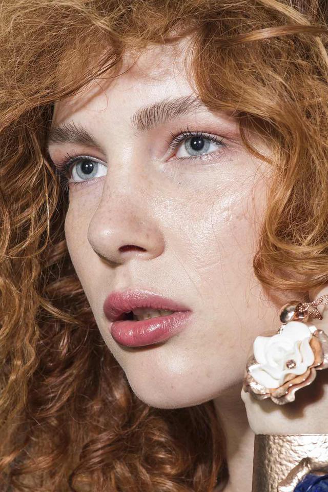 画像3: 手持ちリップで夏の唇に変身!誰でもできる簡単アレンジメイク