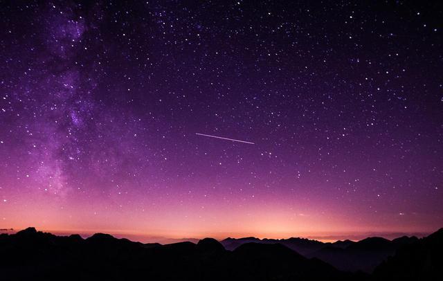 画像1: ペルセウス座流星群が8月12〜13日に到来!東京でも見れる可能性あり☆