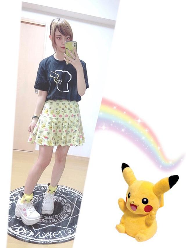 画像: 【UNIQLO】半袖Tシャツ1,650円(税込)【WC】厚底スニーカー5,489円(税込)