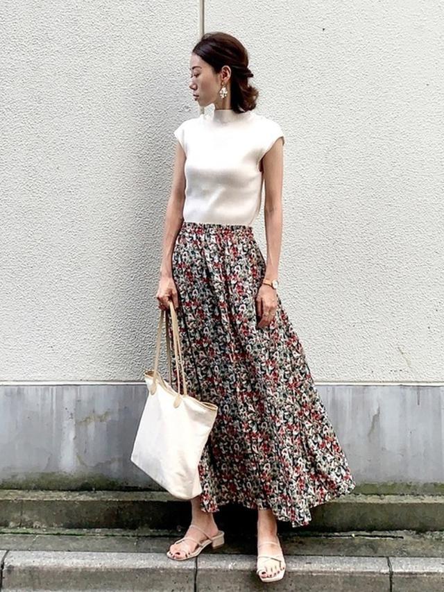 画像: 《8/18の服装》ロングスカートをエレガントに♡ON・OFF使える上品コーデ