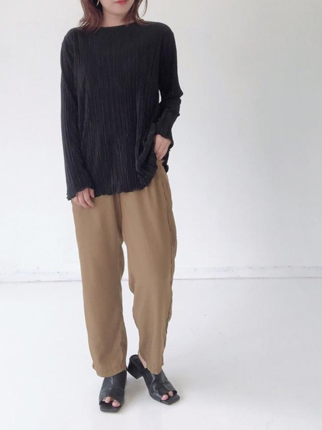 画像2: プチプラ長袖トップスで着こなす「秋のカジュアルコーデ」まとめ