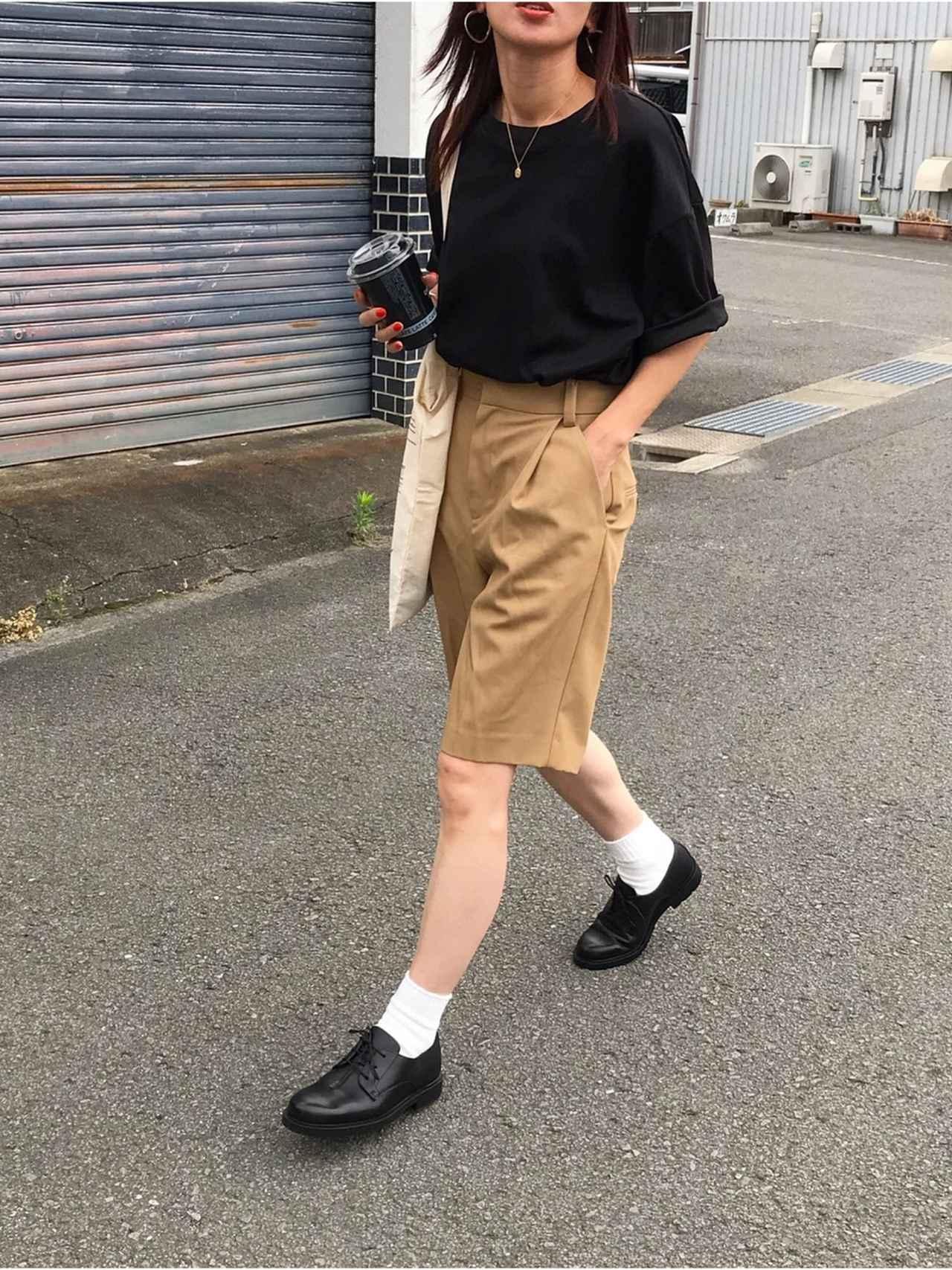 画像2: オトナ女子こそ挑戦したい!トレンドの「ハーフパンツ」着こなし術