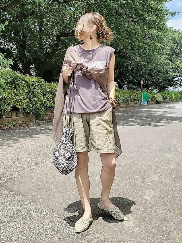 画像1: オトナ女子こそ挑戦したい!トレンドの「ハーフパンツ」着こなし術
